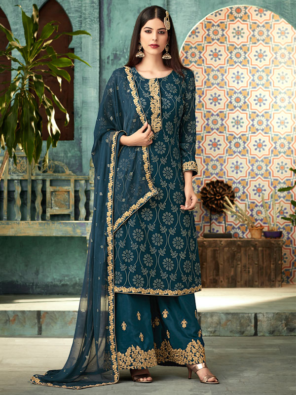 Ethnic Outfits This Navratri: chanderi suit